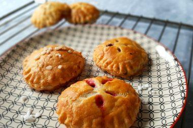 Süßes auf die Hand: Hand Pies mit Beeren-Füllung