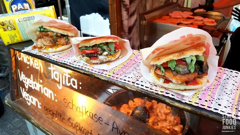 Burger-auf-kubanische-Art-Arepas