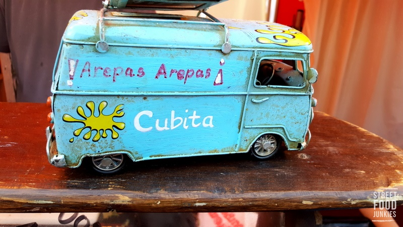 Streetfood-Stand-Cubita-car