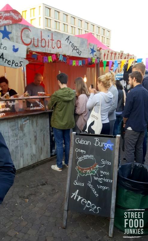 Festival-Stand-kubanisches-Streetfood