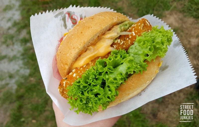 Burger mit vegetarischem Patty aus Süßkartoffeln